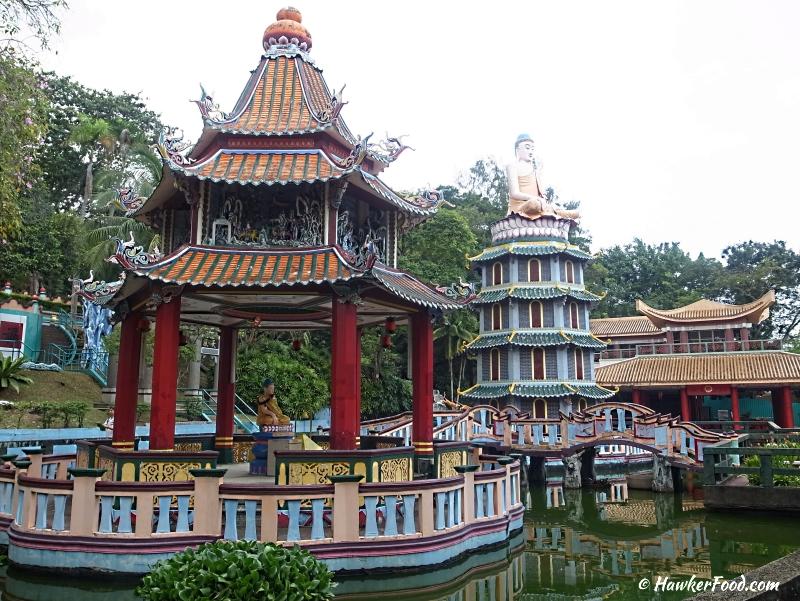 Haw Par Villa buddha