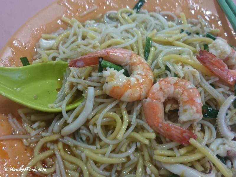 Tian Tian Cooked Food Hokkien Mee up close