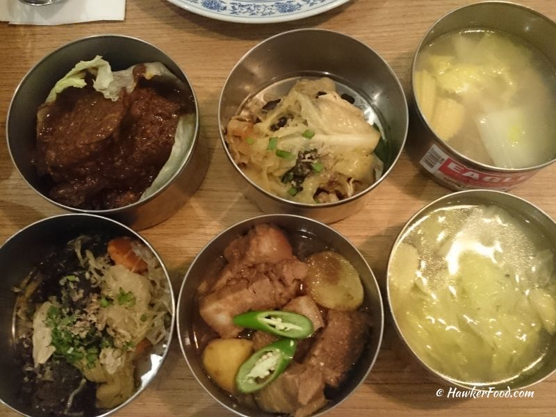 grandma's tingkat lunch dishes