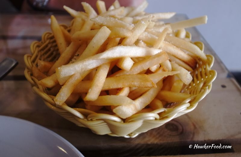 knuckles bistro truffle fries